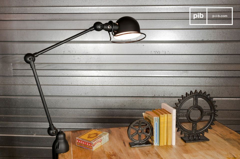 Lampe de bureau moderne et originale paraph par prandina