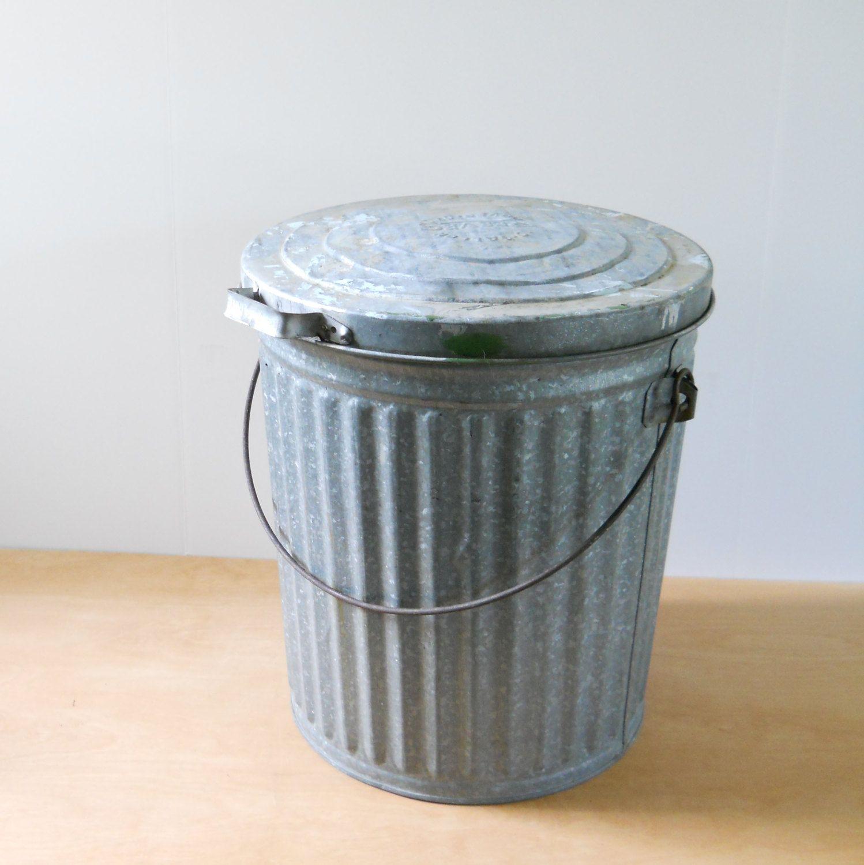 C1930 Galvanized Steel Trash Garbage Can W Side Handles Fluted Metal Metal Trash Cans Trash Cans Bathroom Trash Can