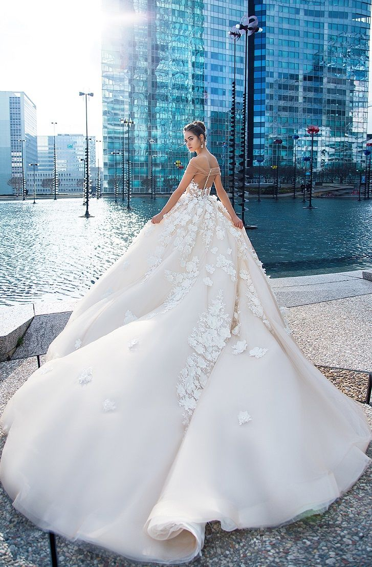 Straight across cherry blossoms applique sweetheart neckline ball gown wedding dress cathedral train #wedding #weddingdress #weddinggown