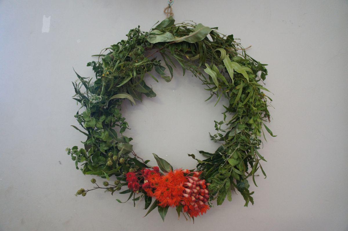 An Australian Christmas Wreath Christmas Wreaths Australian Christmas Wreaths