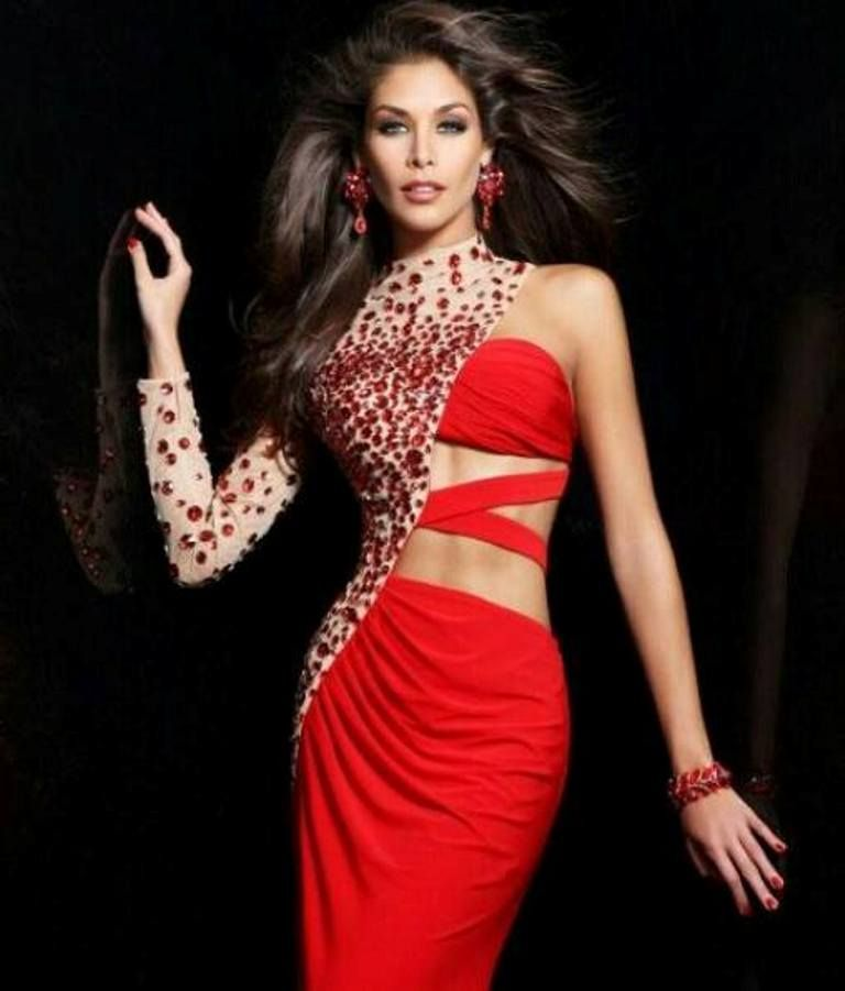 Dayana Mendoza Miss Universe 2008 from Venezuela by Antoni Azocar ...