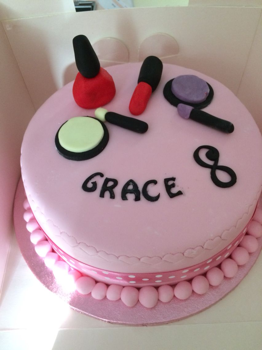 Make Up Cake For An 8 Year Old Girl Birthday Cake Girls Happy