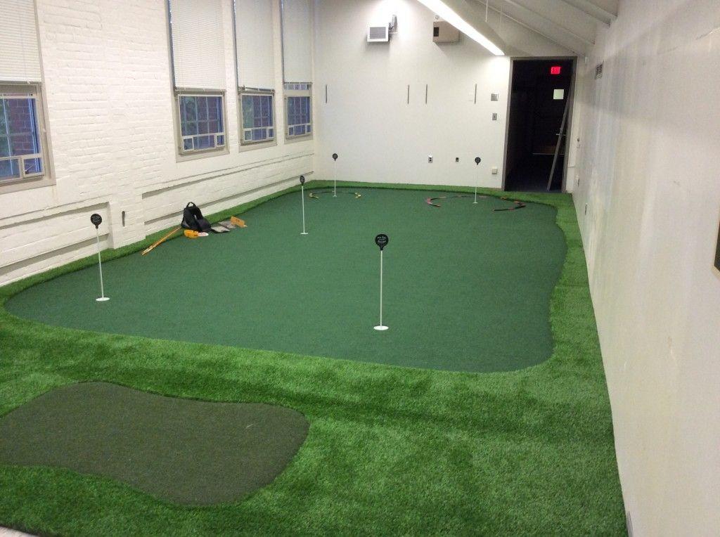 College Indoor Golf Facilities Now a Necessity Golf room