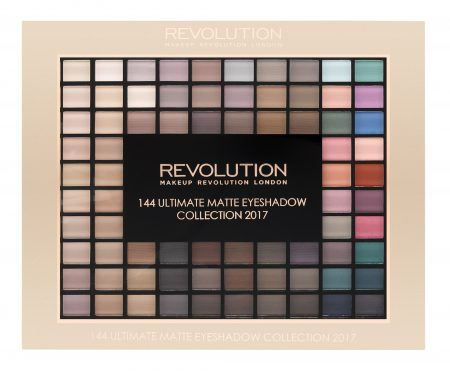 Tavolozza Trucchi ~ Makeup revolution ultimate eyeshadow matte palette makeup