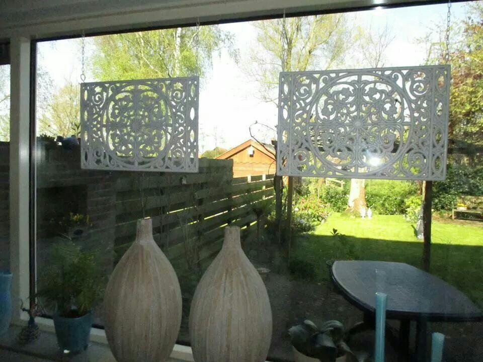 Deurmatten als raamhangers tegen inkijk gezien op fb for Decoratie raam