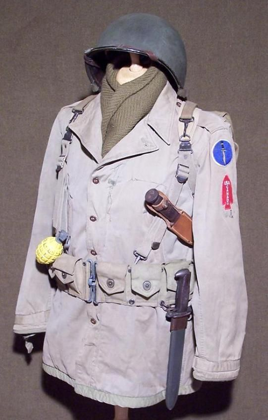 wwii equipment worn by a rifleman assigned to the 1st. Black Bedroom Furniture Sets. Home Design Ideas