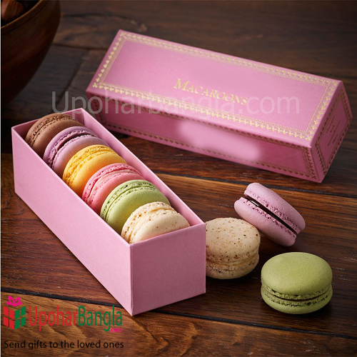 Macaroons from Edith Send this wonderful delicious Macaroons biscuit for your family and friends.