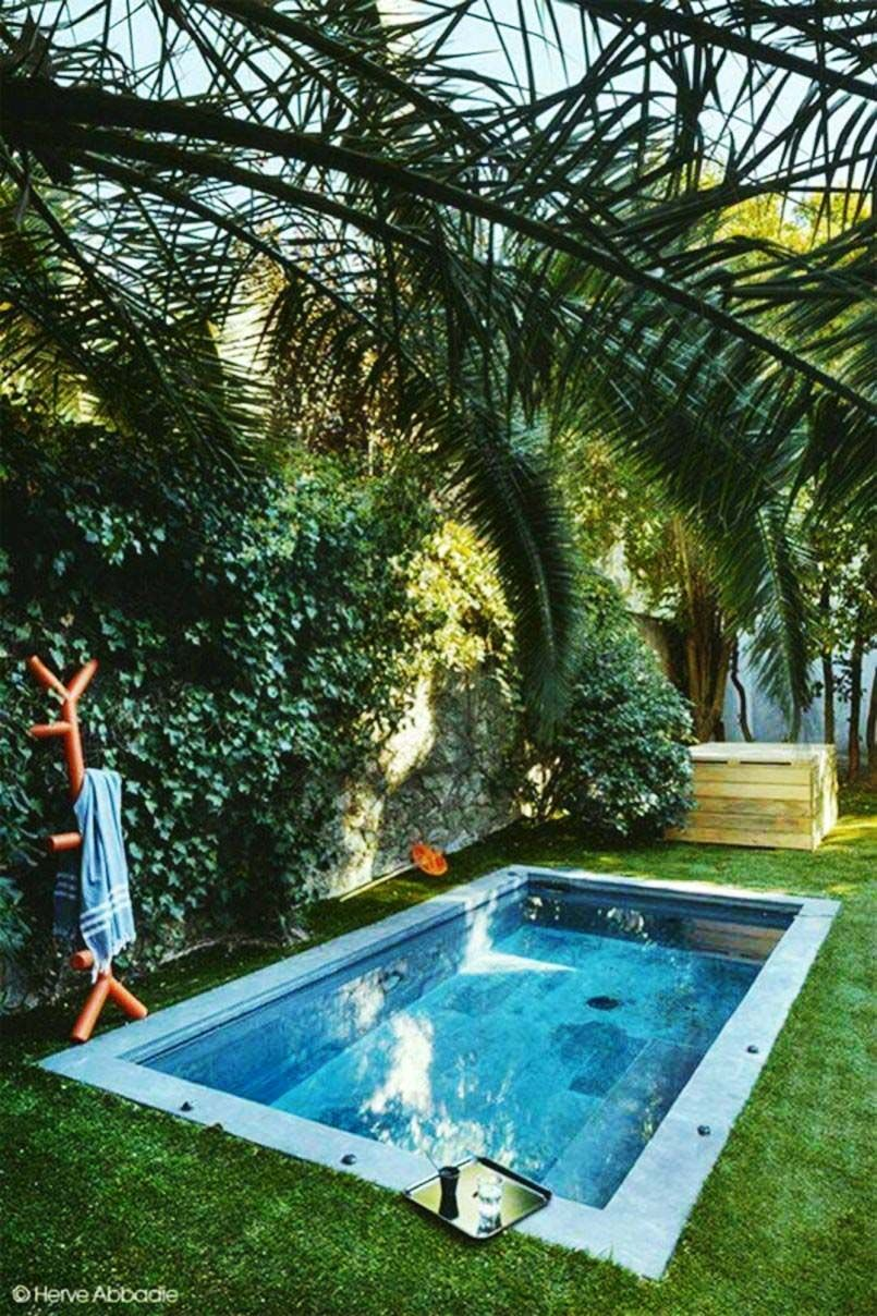 20+ Wonderful Outdoor Pool Decorations Ideas in 20   Small pool ...