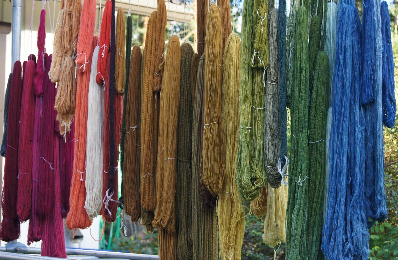 Vanhanaikaiset: Väriä elämään. Colourful life