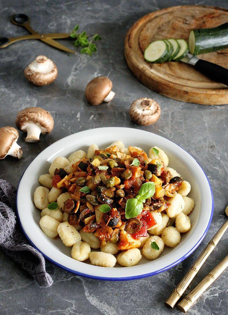 Simple Vegan Gnocchi Puttanesca