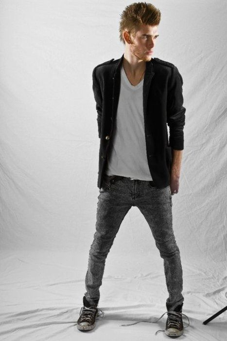 god bless colton dixon <3 <3 <3 <3 <3