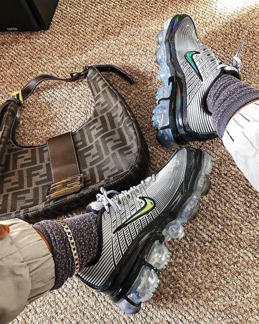 sneakers, Sneakers, Nike air vapormax