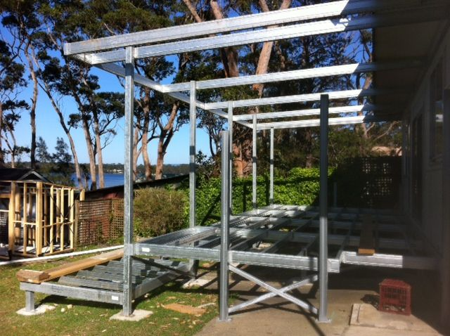 Boxspan steel deck frame with pergola on the nsw south for Metal frame pergola designs