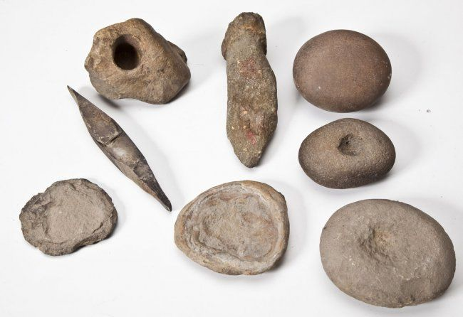 Hand Throwing Stone : American native stone prehistoric tools bing images
