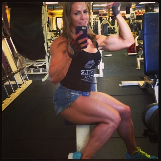 Juliana Malacarne   Leg muscles, Juliana, Legs
