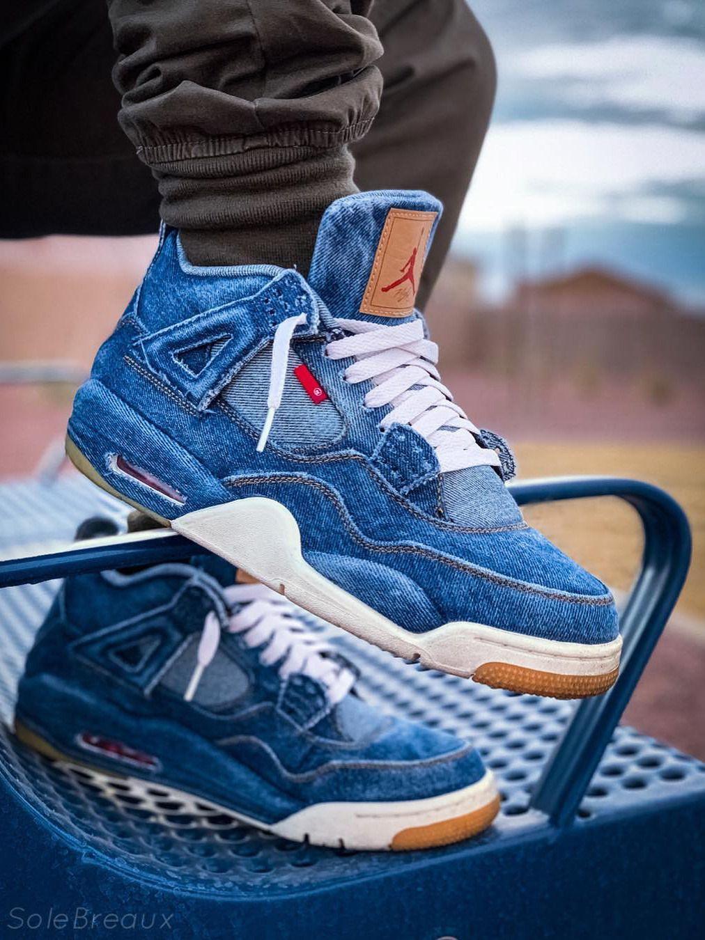 Año Montaña Kilauea Dictadura  Levis x Nike Air Jordan 4 Retro - 2018 (by solebreaux) | Black nike shoes,  Jordan shoes retro, Mens nike shoes