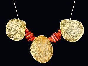 Collier pétales | Sara Jomaa, Créatrice de Bijoux