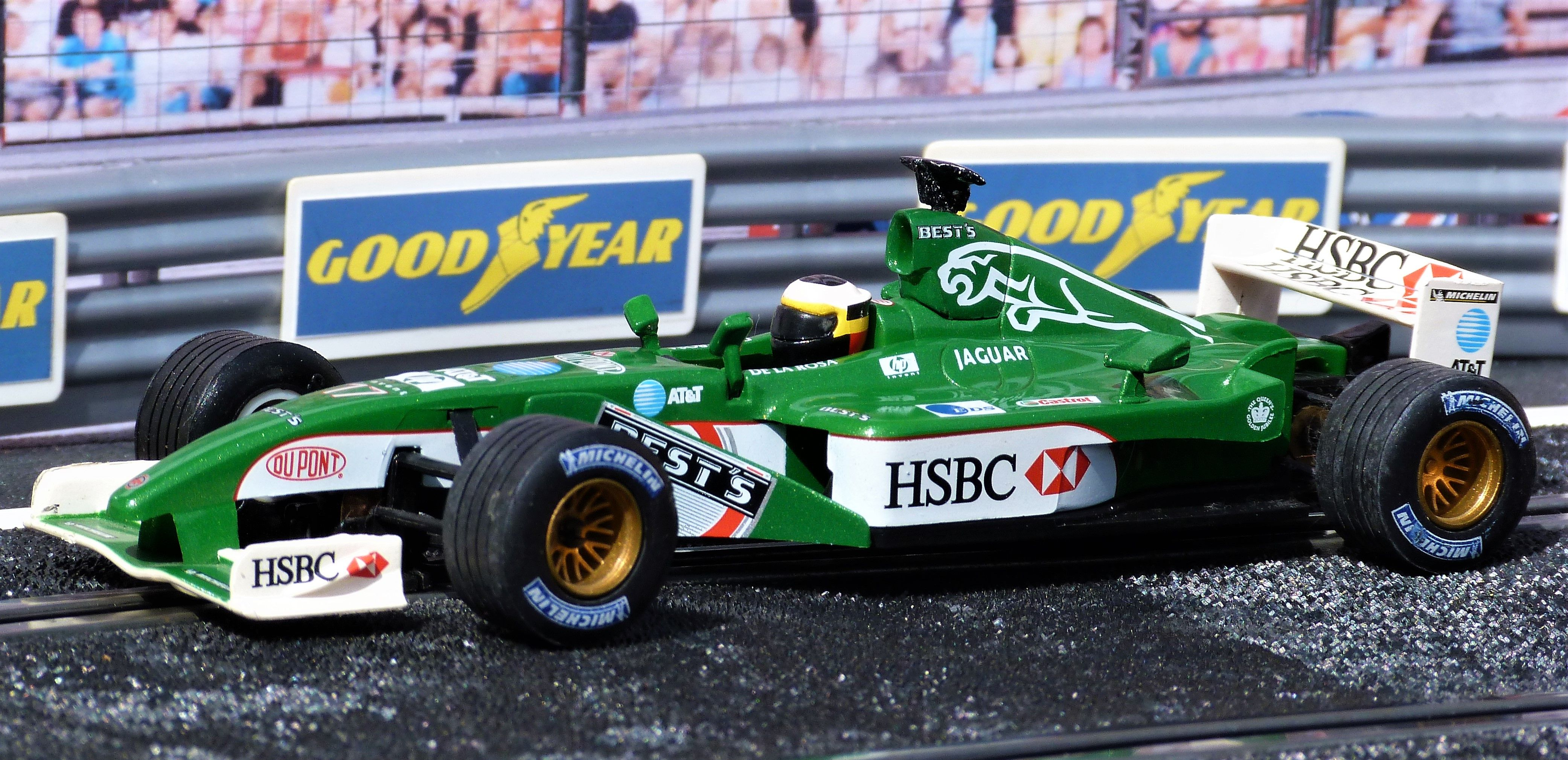 Scalextric Tecnitoys 61140 Jaguar R3 F1 2002 F1 Season Pedro Martínez De La Rosa Slot Slotcar Jaguar Pedrodelarosa Slot Cars Car Collection Toy Car