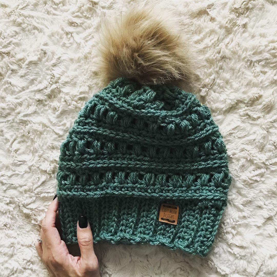 45 modèles de bonnets au crochet gratuits pour le nouvel an 2019; bonnets  femme tuto