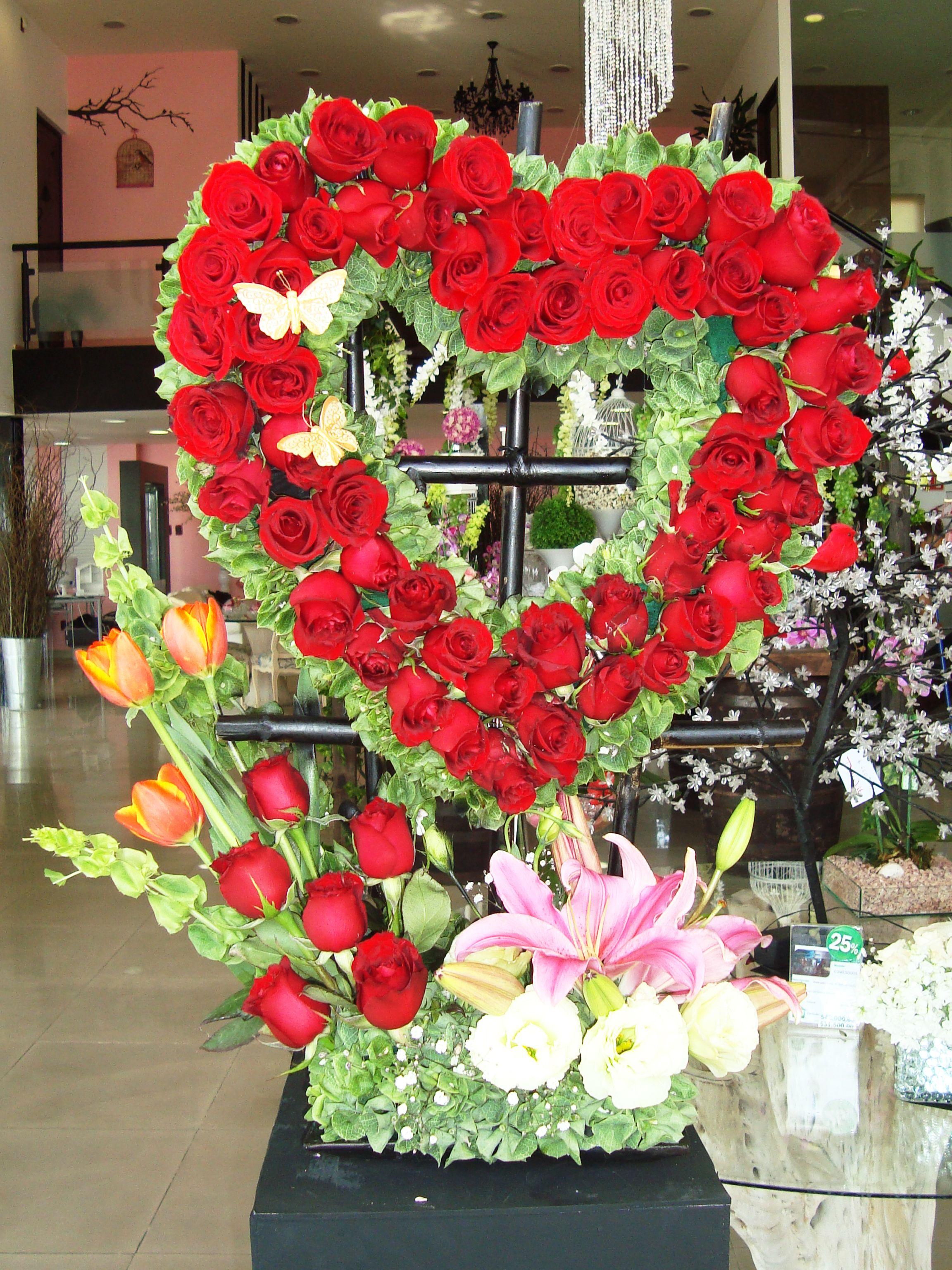 Diseño floral y decoración de eventos Blvd. Miguel Alemán No. 875 ...