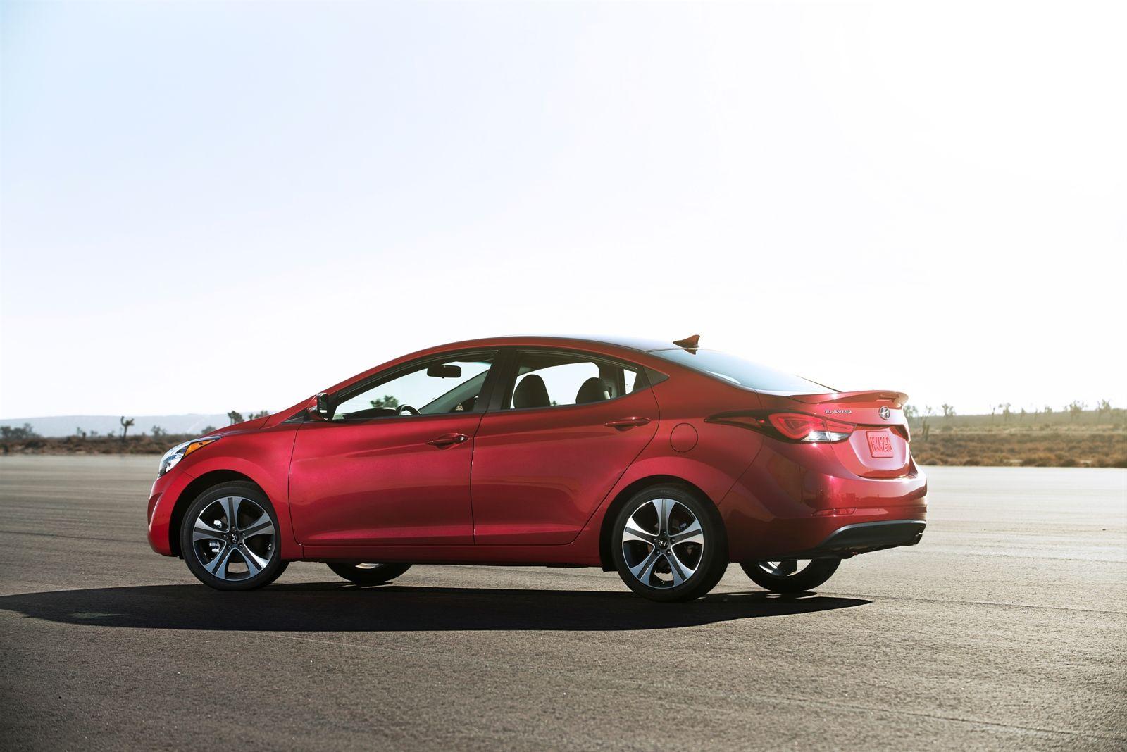 2015 hyundai sonata pricing options and specifications cleanmpg - 2014 Hyundai Elantra Sport Alloy Rims 2014 Hyundai Elantra Sedan Pinterest