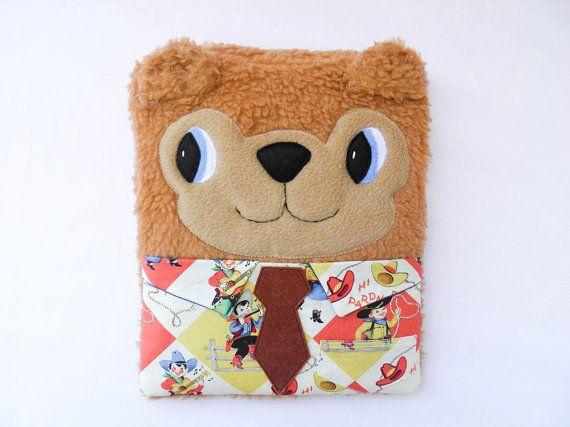 """Ipad case / sleeve camel bear """"working boy"""" - in fluffy fleece"""