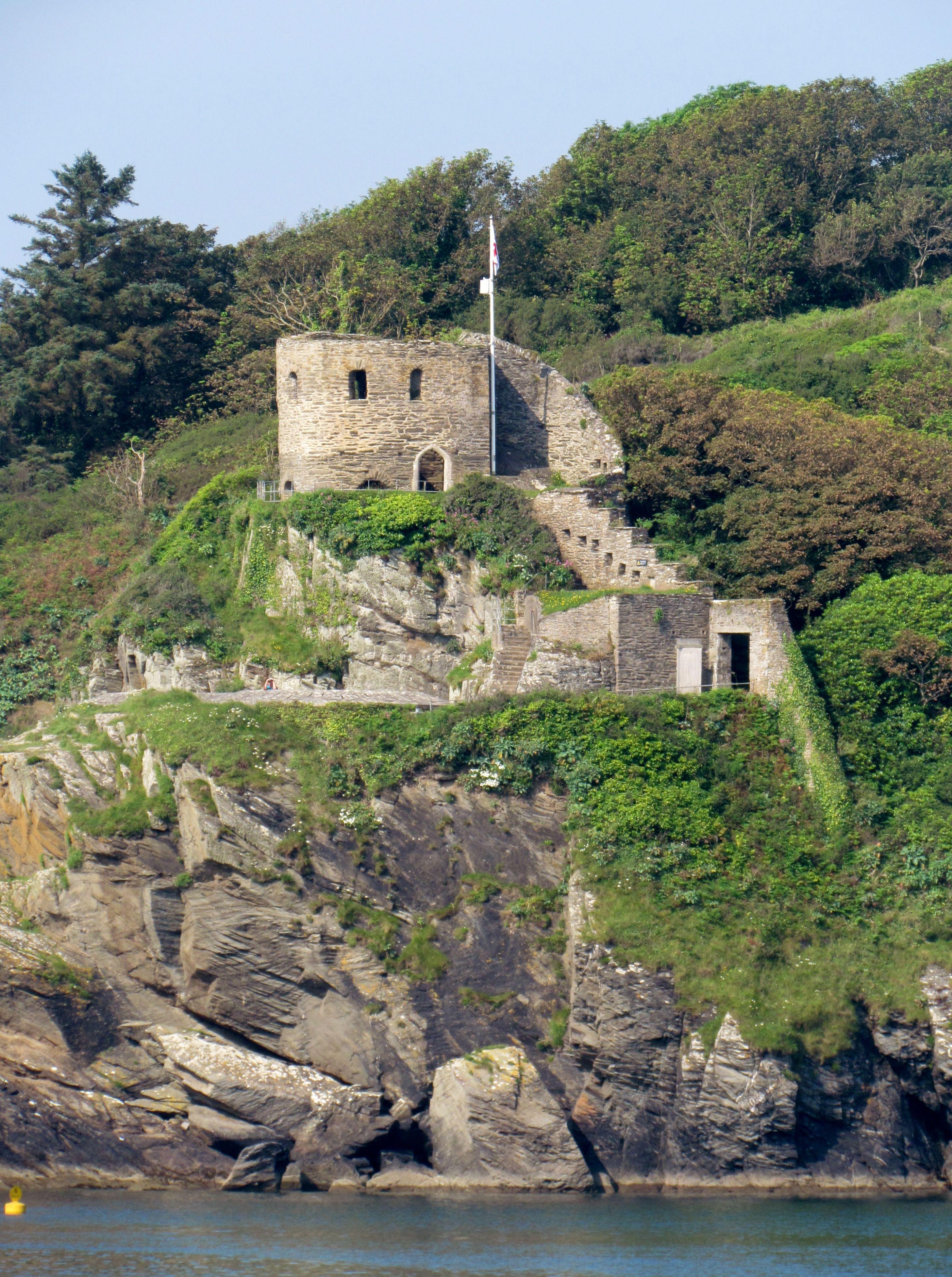 Polridmouth Cove European castles, Cornwall england