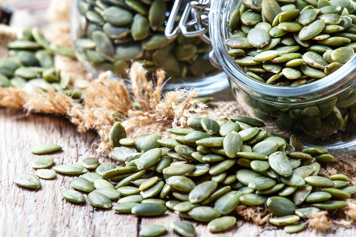 Comment Faire Des Graines De Fraises comment décortiquer des graines de courge | graine de courge
