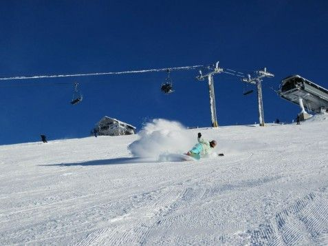 Emily Park Getting Her Euro Carve On In Sunshine Village Banff