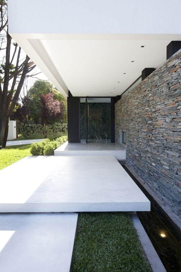 30 id es de conception d 39 entr e modernes pour votre maison for Idee jardin devant maison