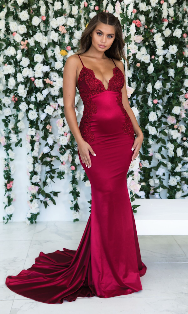 aeea5cce096 Spaghetti Straps Burgundy Backless Daydream Dress Bodycon Prom Dresses