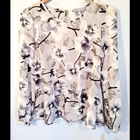 NY Collection - Gray Floral Top NWT Gorgeous floral top. NWT (retail $49) Peplum style. NY Collection Tops Blouses