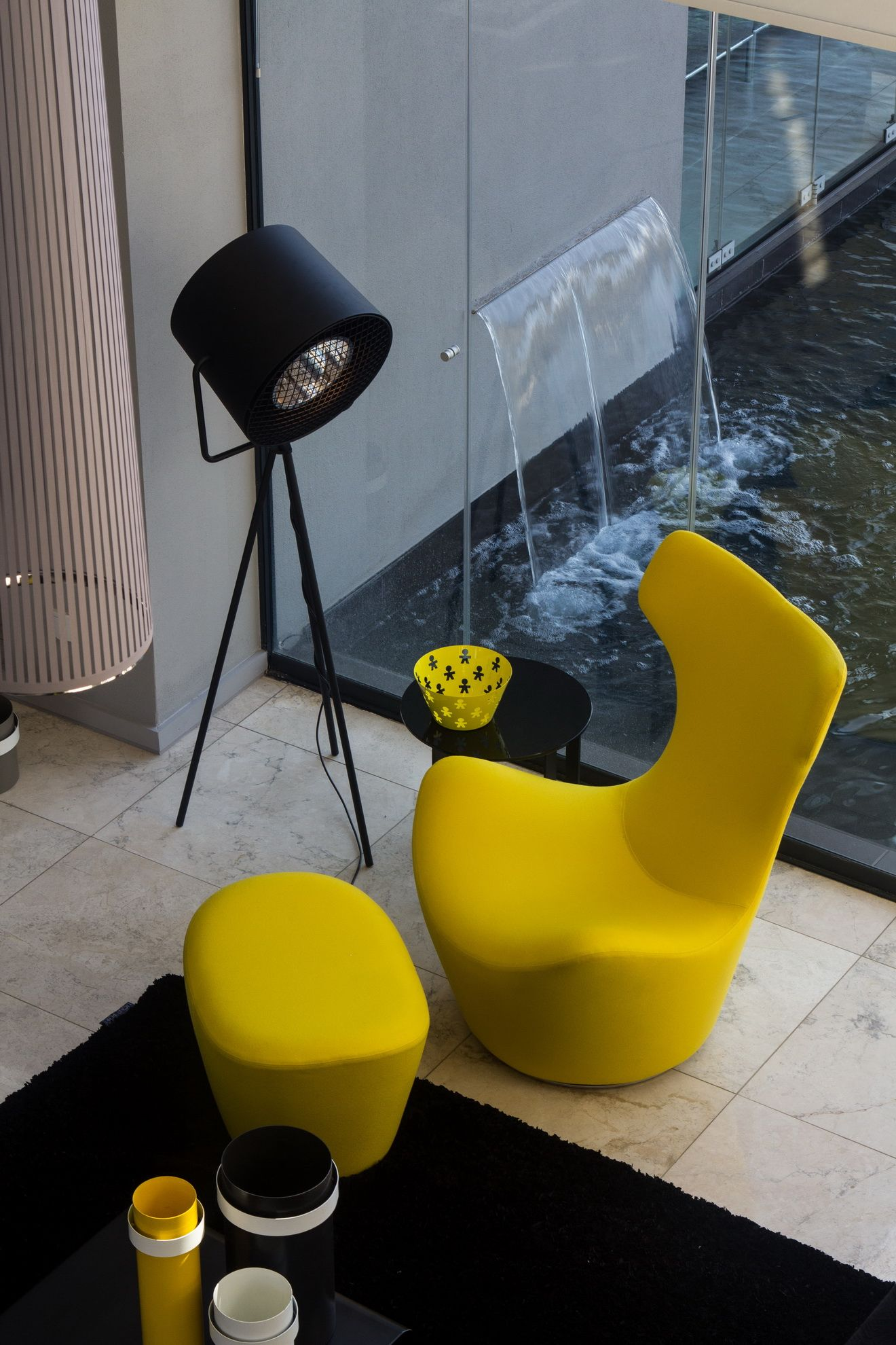 MODERN FURNITURE | Yellow Chair Is Just A Bold Piece For Strong Decor| Www.