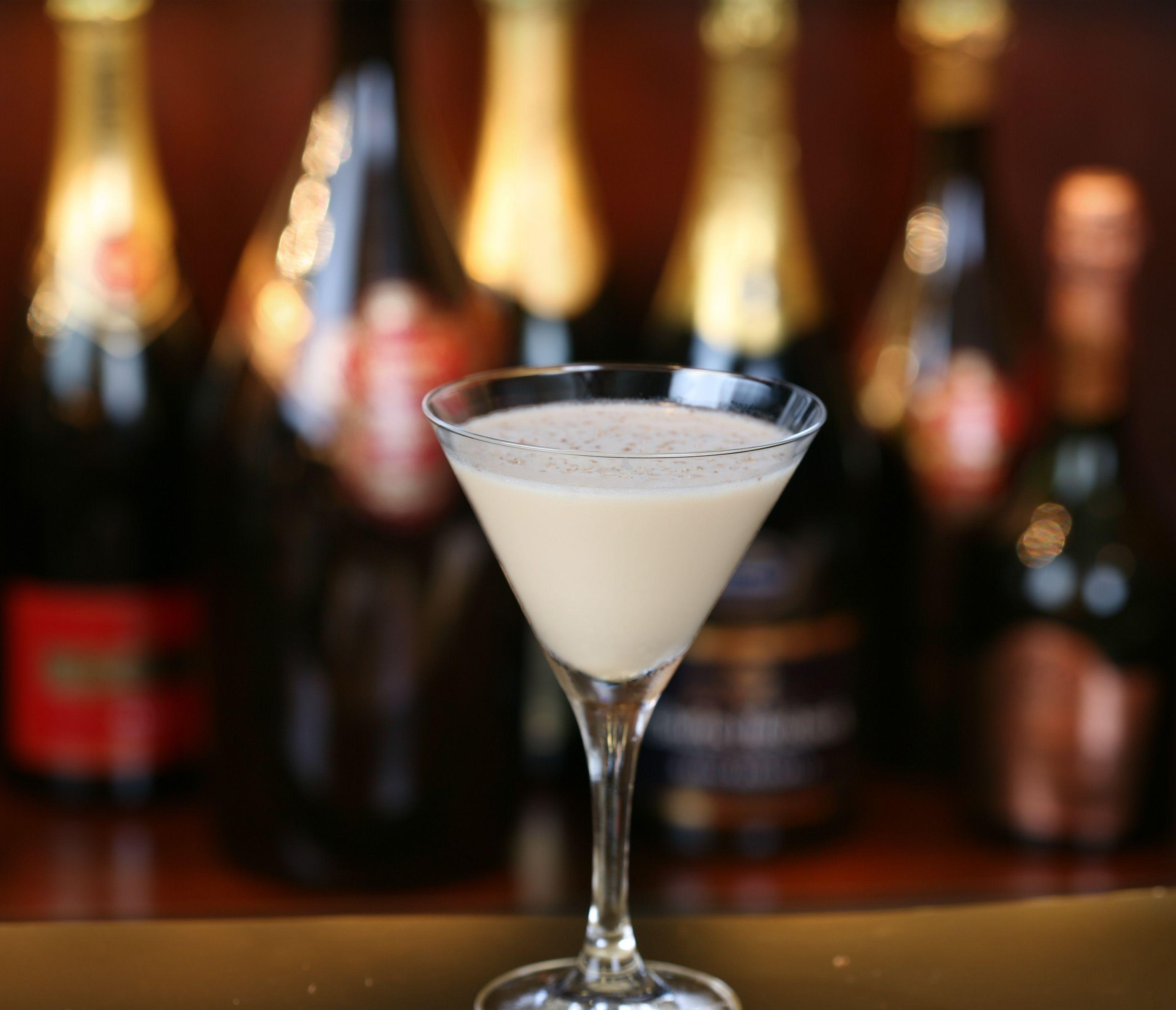 A Delightful Holiday Martini