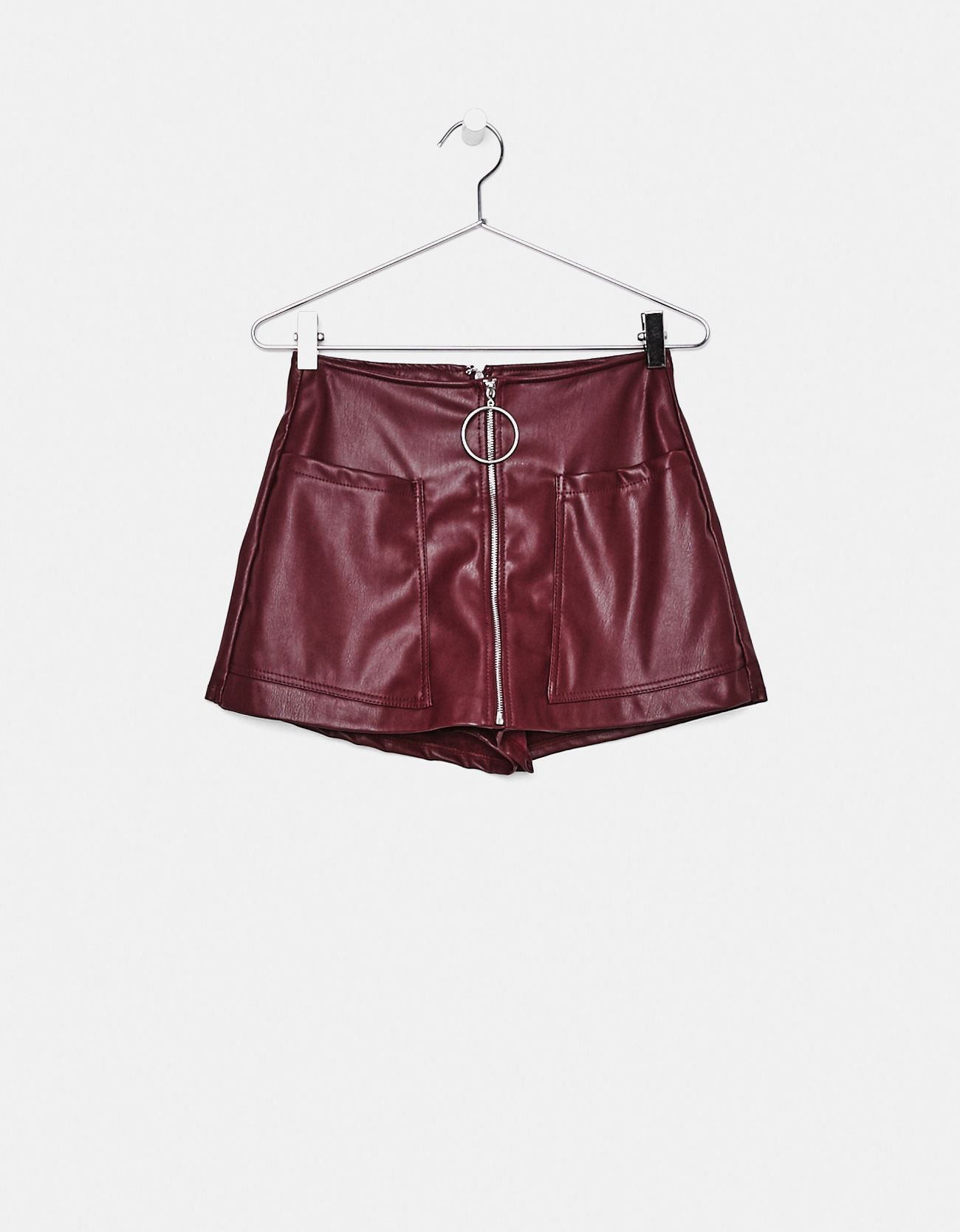 1c4e03566 Falda pantalón efecto piel | looks | Pantalones efecto piel, Faldas ...