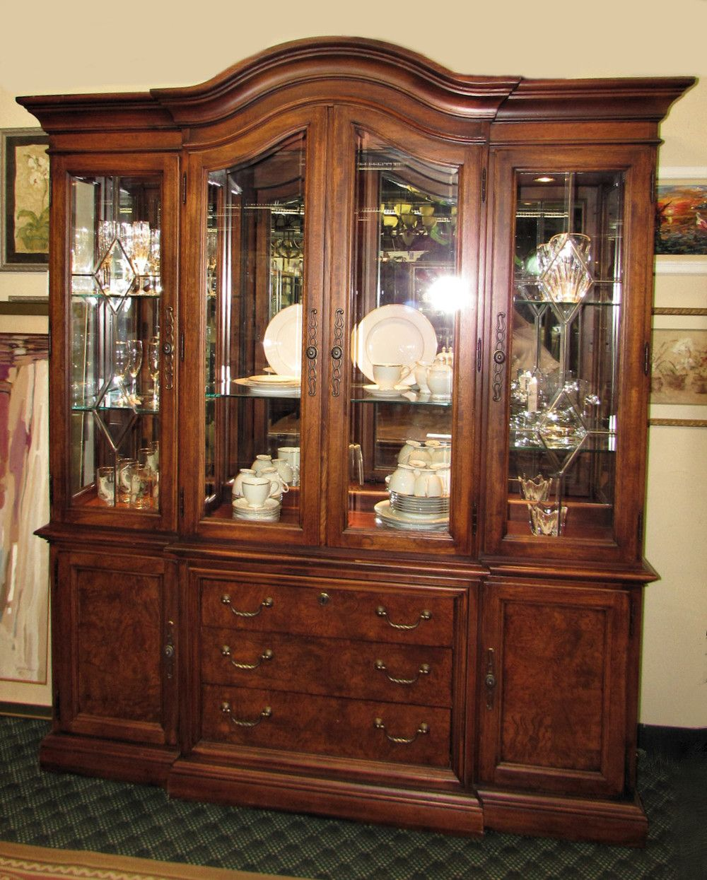 Thomasville British Gentry 4 Door Lighted China Cabinet Encore Furniture Gallery Dining Room Bar
