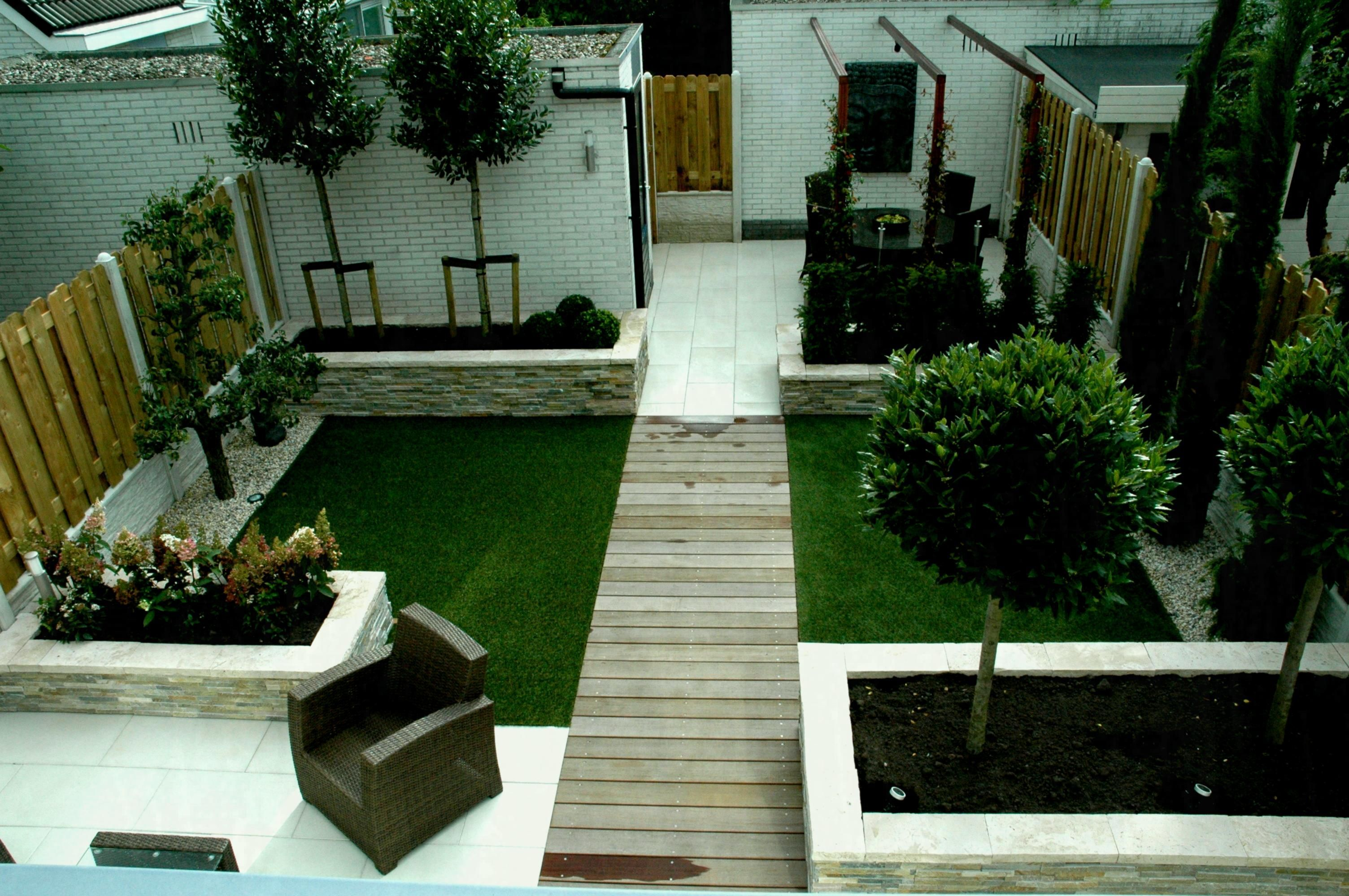 47 Small Garden Design Ideas Low Maintenance Https Silahsilah Com Design 47 Small Garden Low Maintenance Garden Design No Grass Backyard Small Garden Design