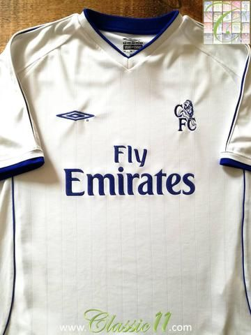 the latest 74d9b d03e9 Official Umbro Chelsea away football shirt from the 2001 ...