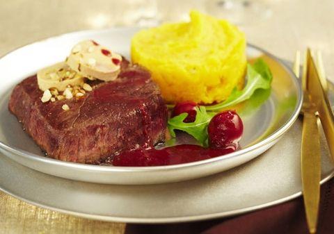 Pavés d'autruche sauce aux griottes et écrasée de patates douces | Croquons La Vie - Nestlé