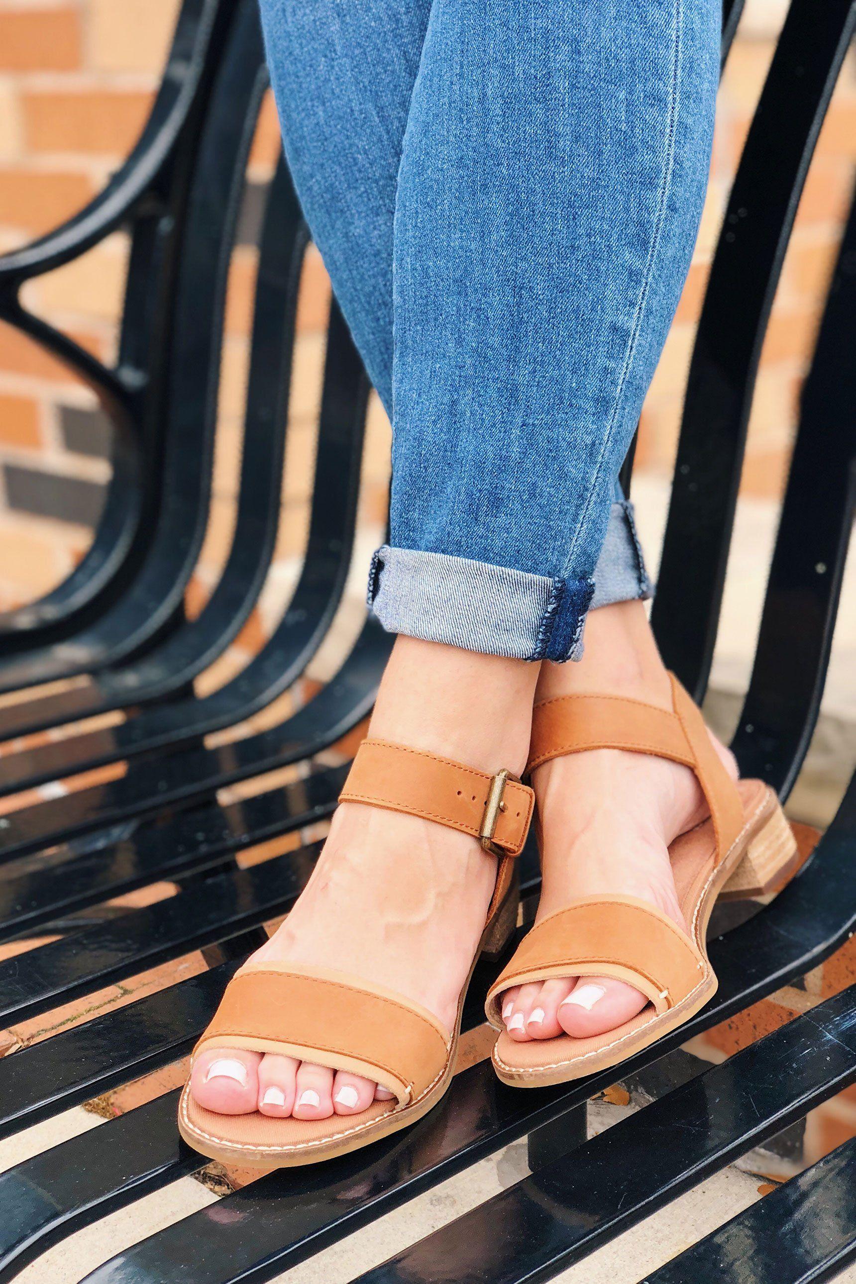 d7992712fc4 TOMS Tan Leather Camilia Sandals