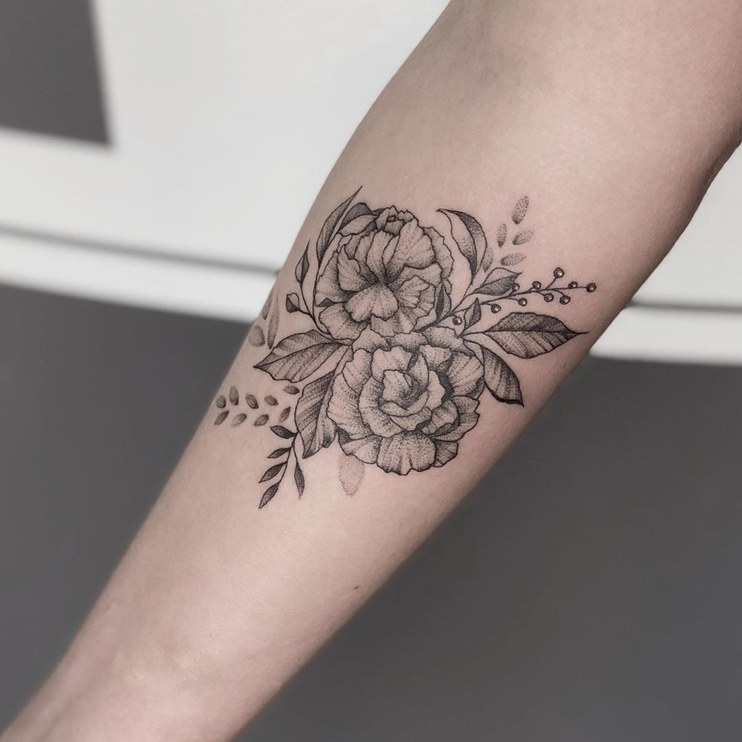 Robyn Pallotta On Instagram A Pair Of Carnations For Mary Florals Floraltattoo Floraltattoos Flower Carnation Tattoo Forearm Flower Tattoo Tattoos
