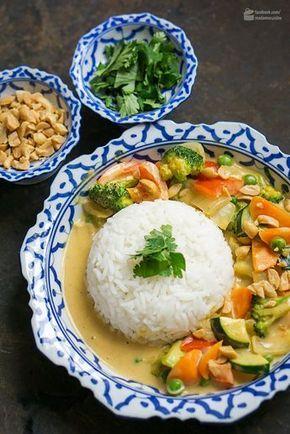 Gelbes Thai-Curry mit Erdnussbutter - Madame Cuisine #thaifoodrecipes