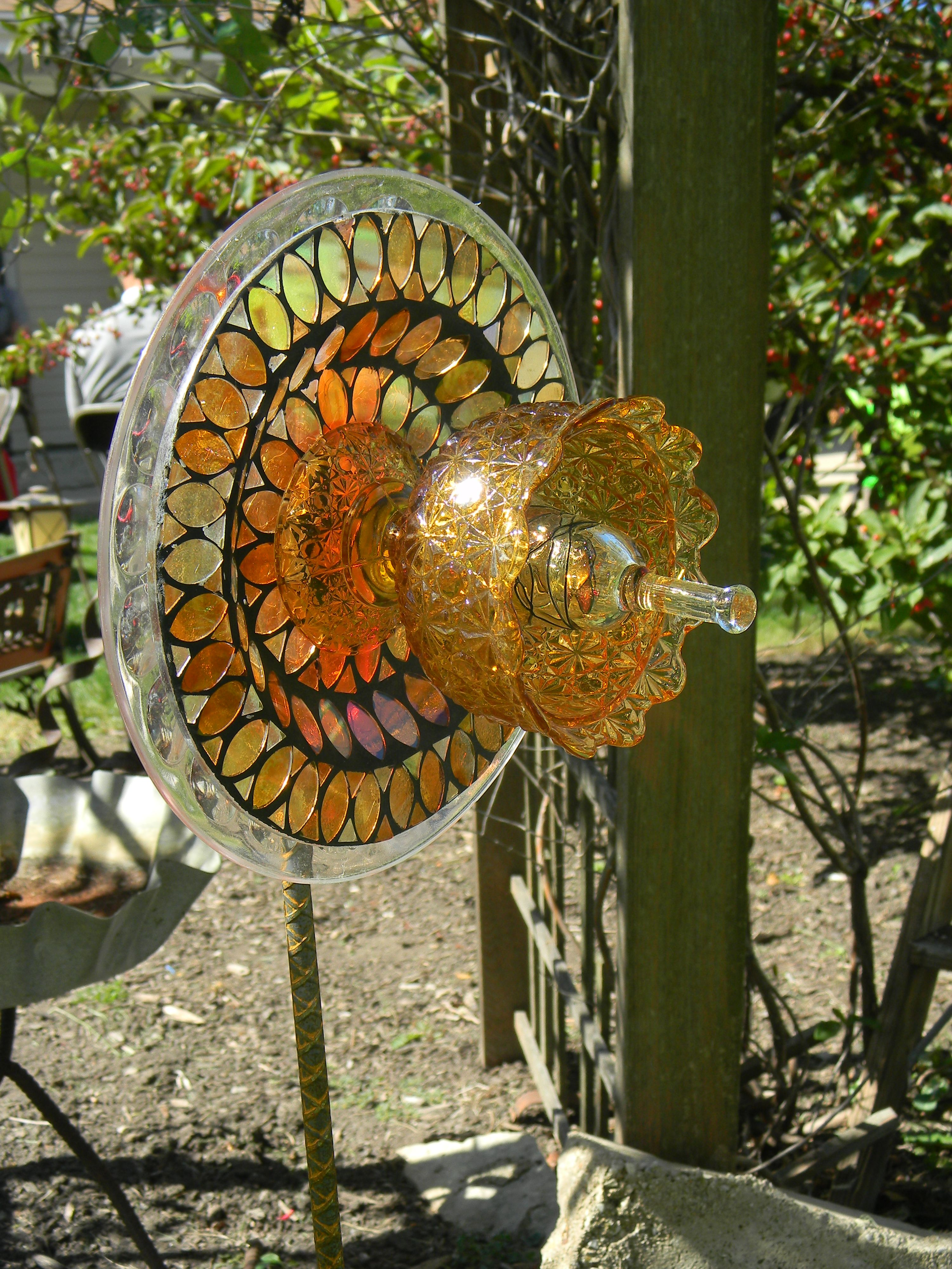 Glass garden art | Crystal garden | Pinterest | Glass garden art ...