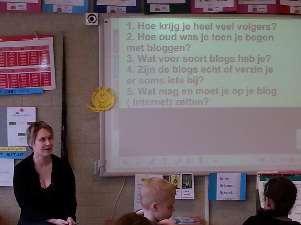 Groep5 van t Startblok gaat bloggen. | blogqueen op bezoek om uitleg te geven