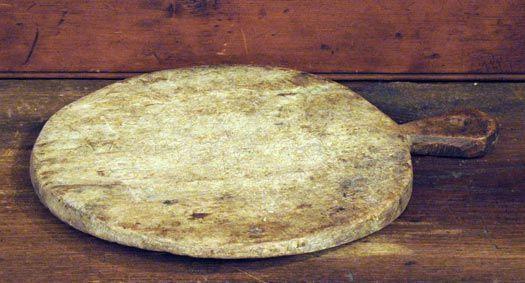 Old Bread Board http://www.carolynthompsonprimitives.com/images/12inBreadBd.jpg