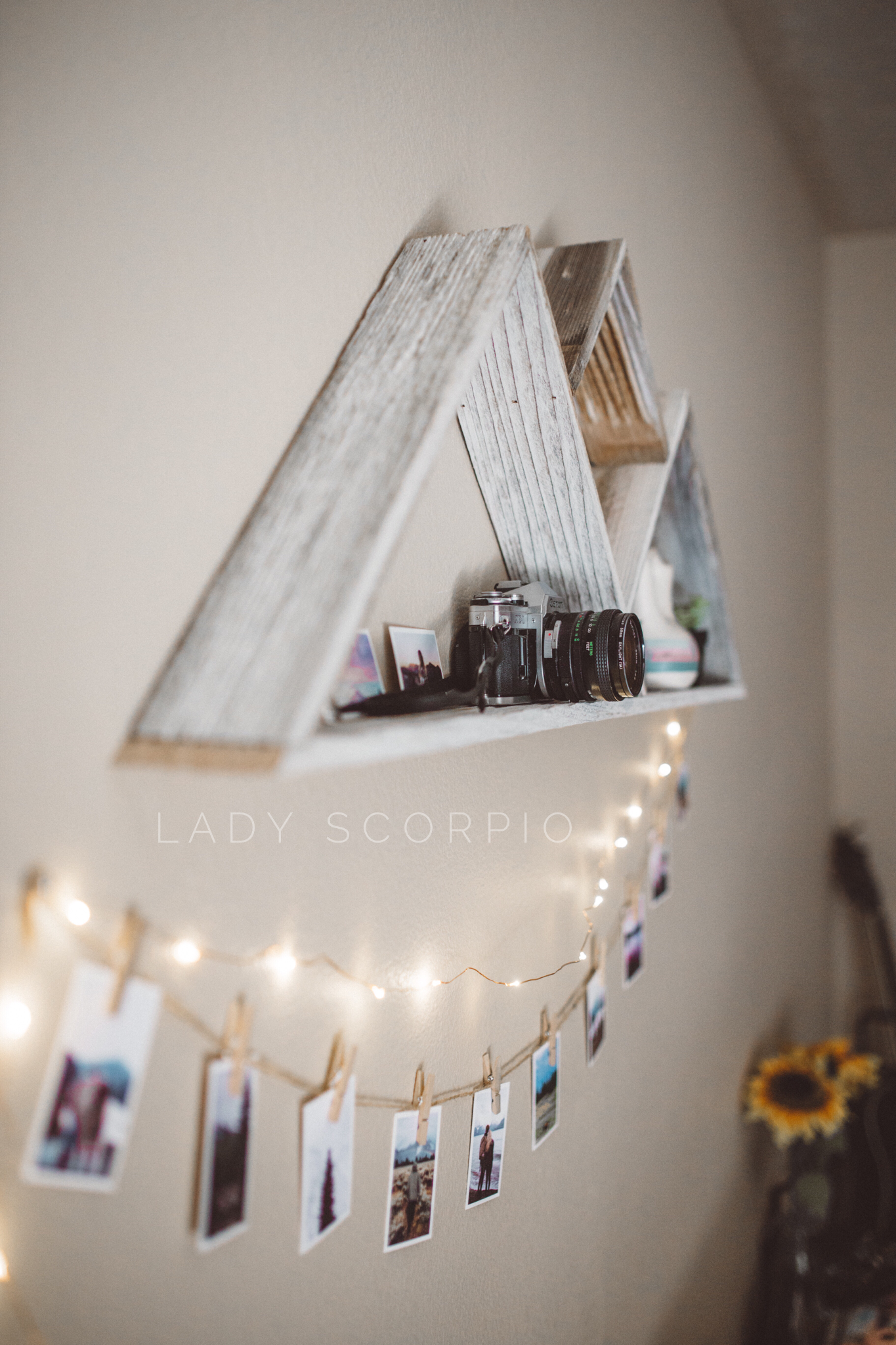 These stunning, twinkling lights are a MUST HAVE for your home or bedroom! Safe…
