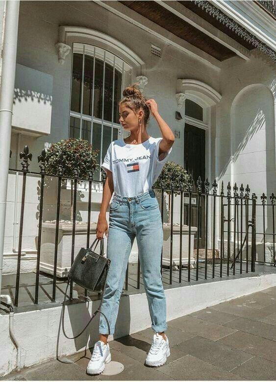 47 Outfits Con Tenis Blancos Para Chicas En 2020 Ropa De Moda Outfits Outfits Casuales