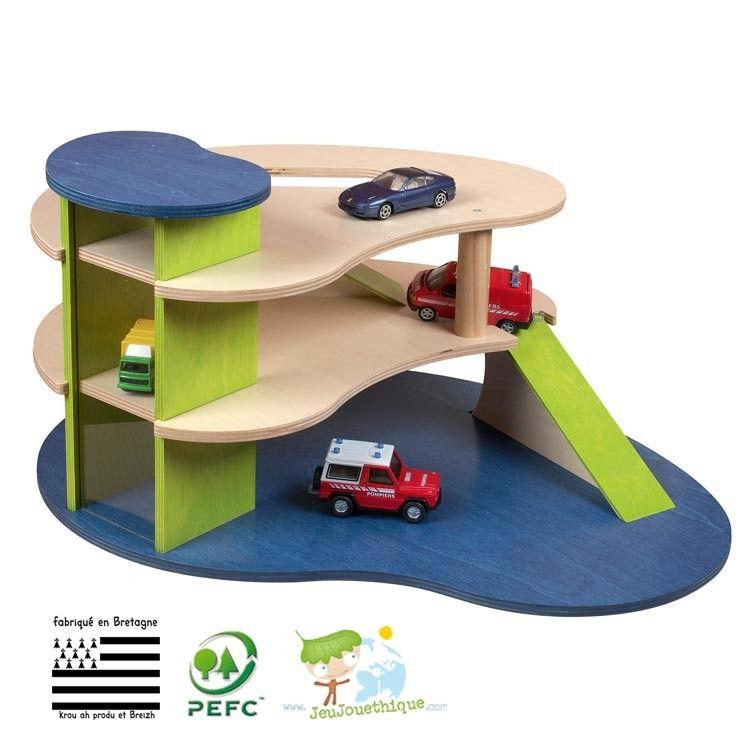 Garage En Bois Pefc Fabrication Francaise Garage Bois Jouets En Bois Pour Enfants