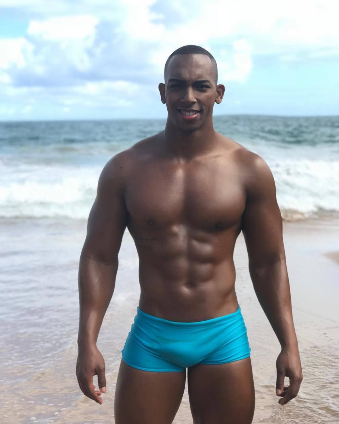 Hot Shirtless Guys In Images