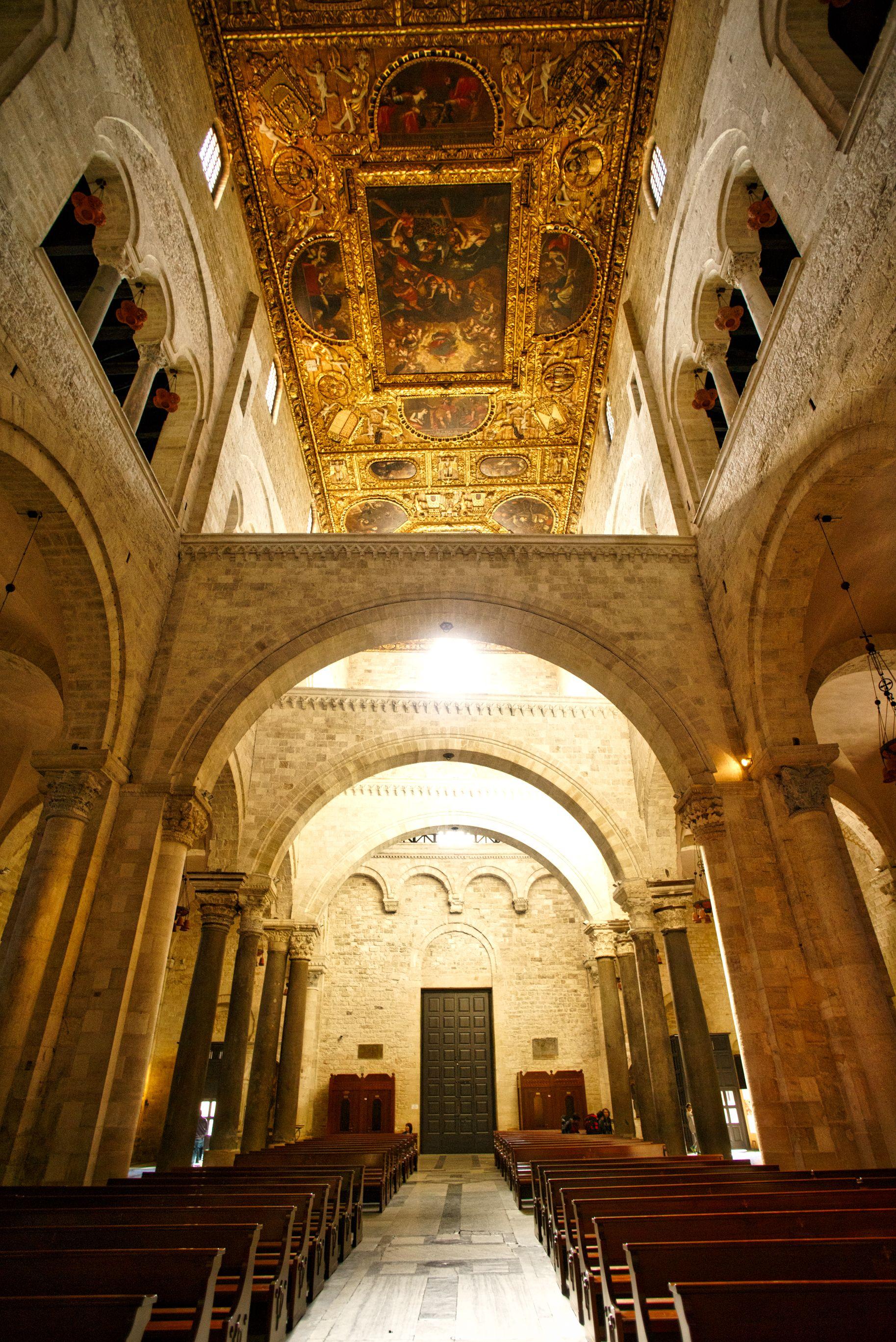 Interior of the famous Basilica di San Nicola in Bari ...